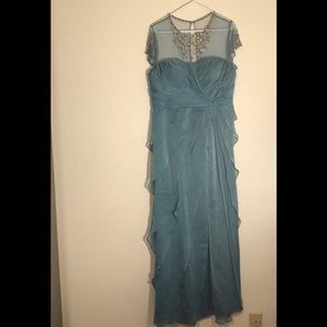 Adrianna papell  size12 blue Beautiful dress